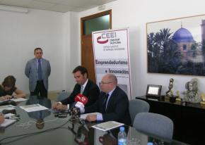 IMG firma convenio CEEI Elche - AEBA 04