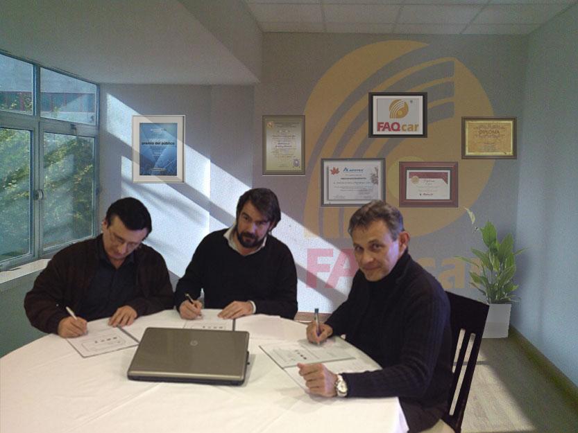 Firma del acuerdo FAQcar
