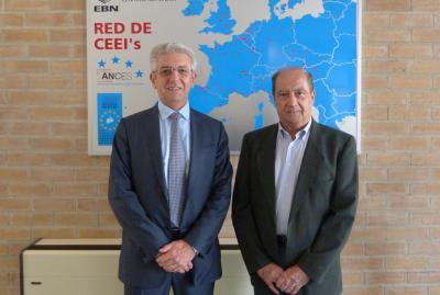 Vicente Olmos visita CEEI Valencia