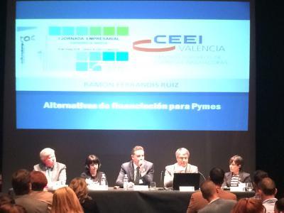 Foto Mesa Debate Catarroja Innova