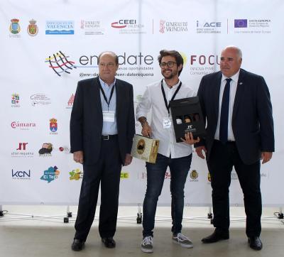 Premiados junto con la organización del evento Enrédate
