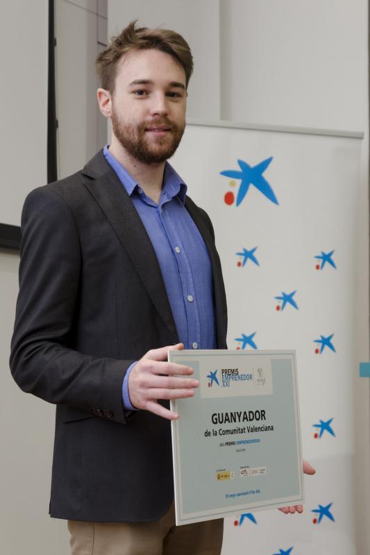 Pau Sendra de Waynabox recoge el Premio  EmprendedorXXI