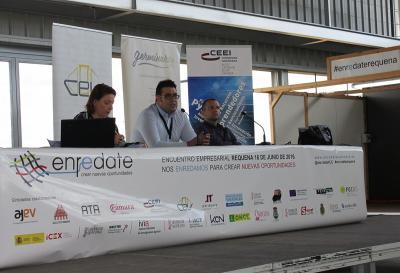 Elisa del Río, Jorge López y Guillermo Antelo en Enrédate Requena