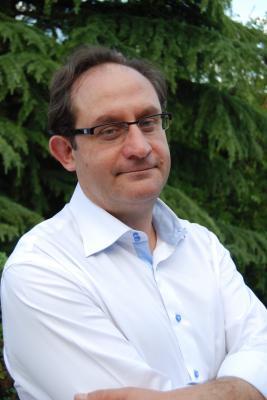 Ángel Adel, Director Euradia Internacional
