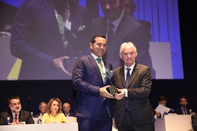 El fundador de Idai Nature recibe el Premio al Mejor Emprendedor nacional 2017