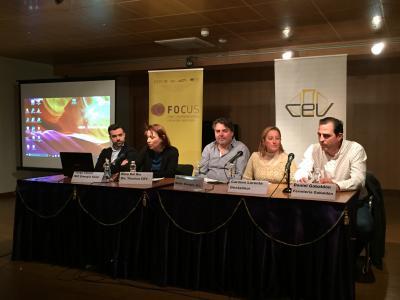 Sesión sobre nichos de generación de empresas en Focus Pyme Utiel-Requena