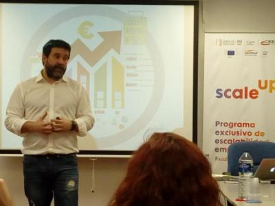 Néstor Guerra, Profesor de Lean Startup