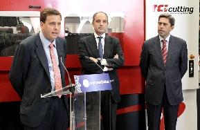 Emilio Mateu en la visita de Francisco Camps y Vicente Rambla a la empresa