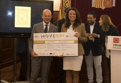 Acto entrega de premios y diplomas Move Up! 2017. Primer premio -UTOPIC ROOMS -