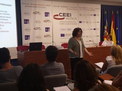 Jornada Habilidades en comunicación persuasiva y presentaciones eficaces 5