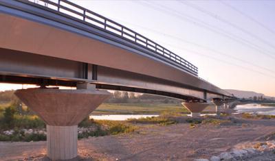 Proyecto cornisas sobre puentes y viaductos