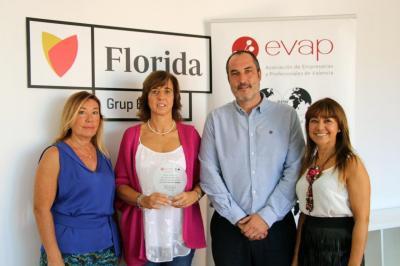 Florida Universitària recibe el distintivo como patrocinador de los Premios EVAP