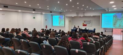 Estrategias de inteligencia turística para el alumnado de Turismo y ADE